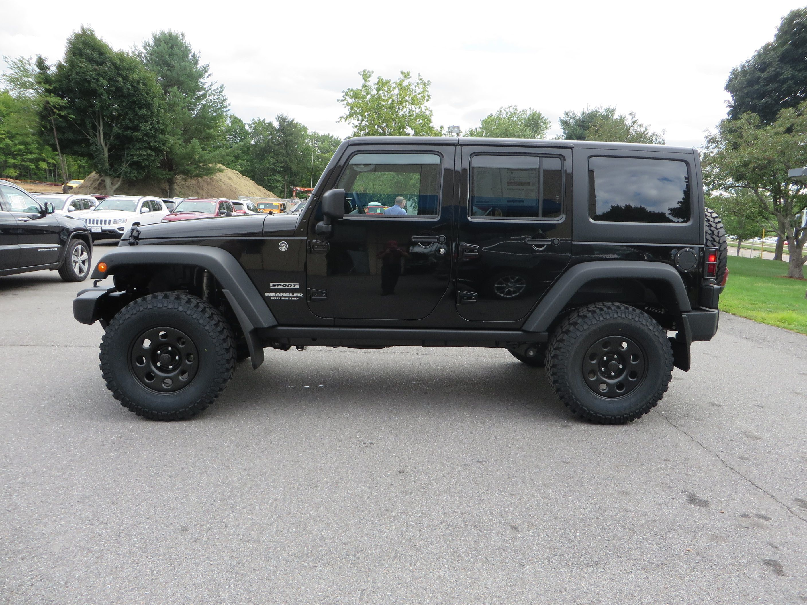 2015 Jeep Wrangler Unlimited With 2 Inch Mopar Lift 33