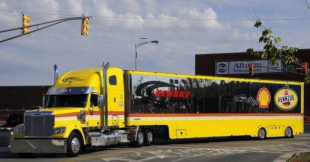 Penske Racing Freightliner Shell Pennzoil Hauler Transporter