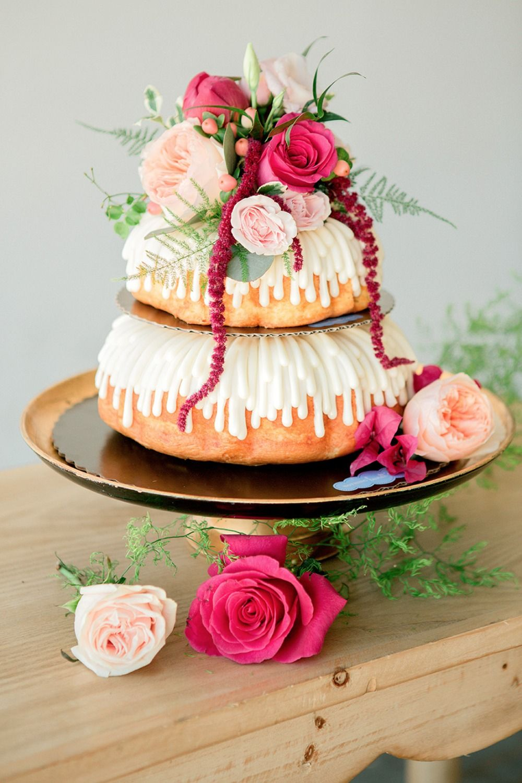 Gorgeous Modern Loft Wedding Ideas Cake Cake Decorating