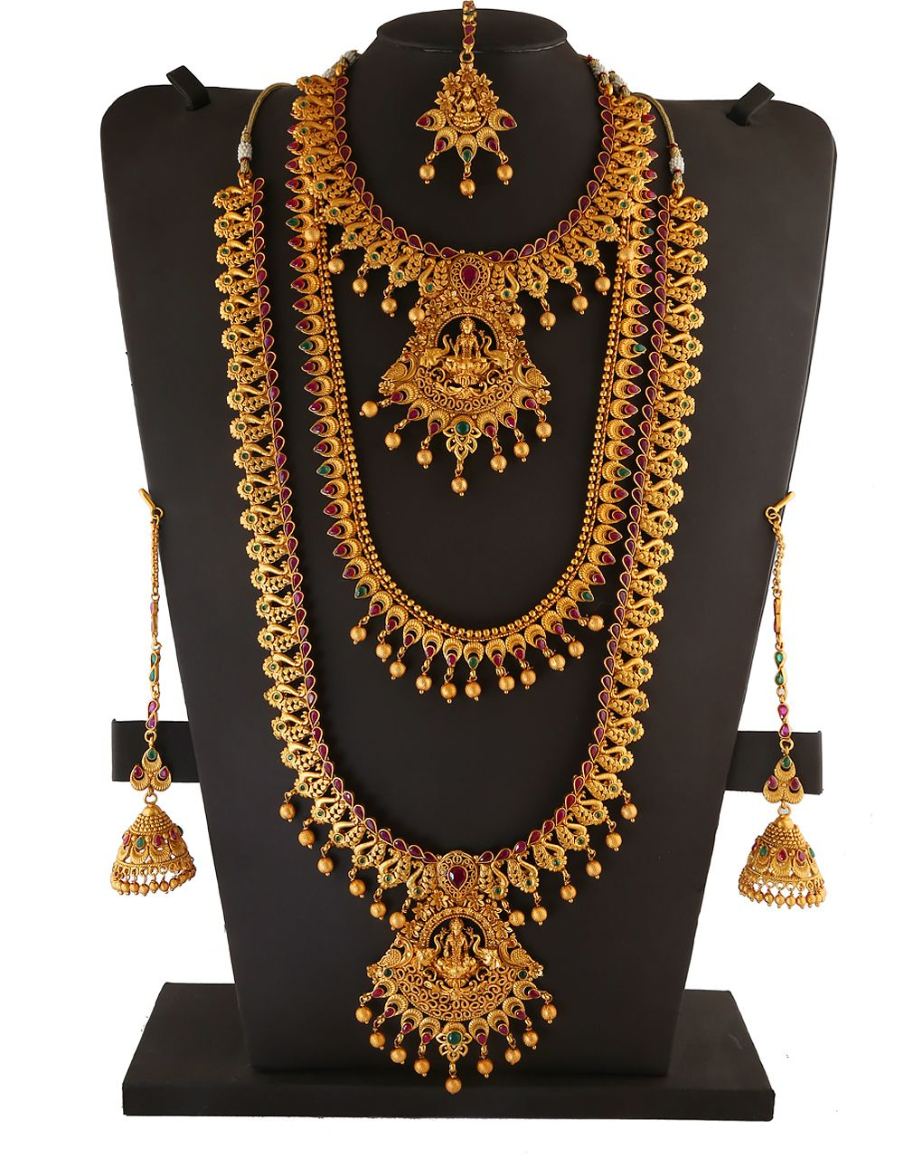 This Wedding Season Anuradha Art Jewellery Presents Beautiful And Unique Collection Bridal Necklace Online Wedding Jewellery Designs Indian Bridal Jewelry Sets