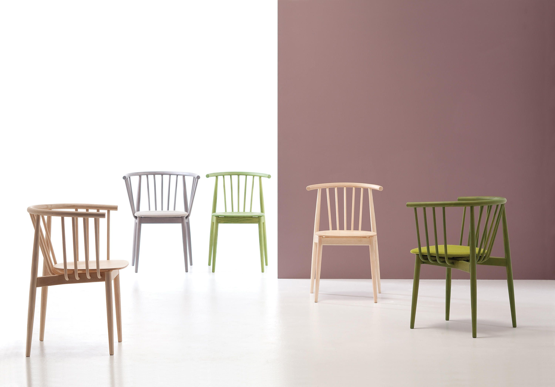 Tivoli Collection Is A New Interpretation Of The Mid 20th Century Scandinavian Design It Takes Advantage Of The New Innovative Technolo Stoelen Meubels Tafels