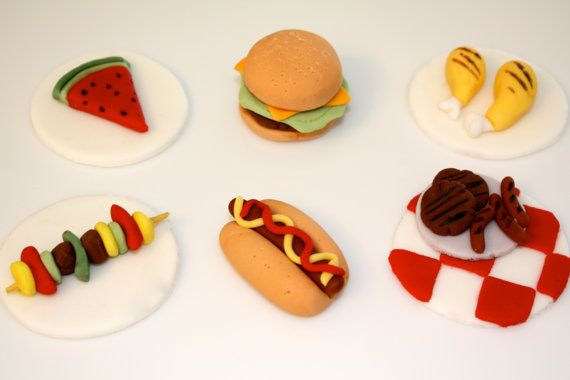 PICNIC FOOD BONANZA  Fondant Cupcake and Cookie by topmycupcake, $19.50