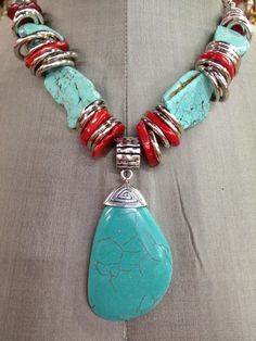 Jewelie's Boutique: Turquoise and Coral. Love the color combo...must remember this one!