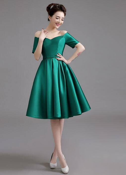 Off Shoulder Green Cocktail Dress With Short Sleeves Lace Up Back