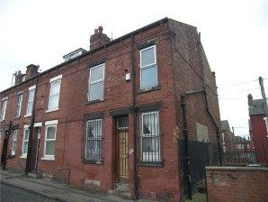 Property For Auction In West Yorkshire 17 Ascot Terrace Leeds West Yorkshire Ls9 9jb West Yorkshire Property Commercial Property
