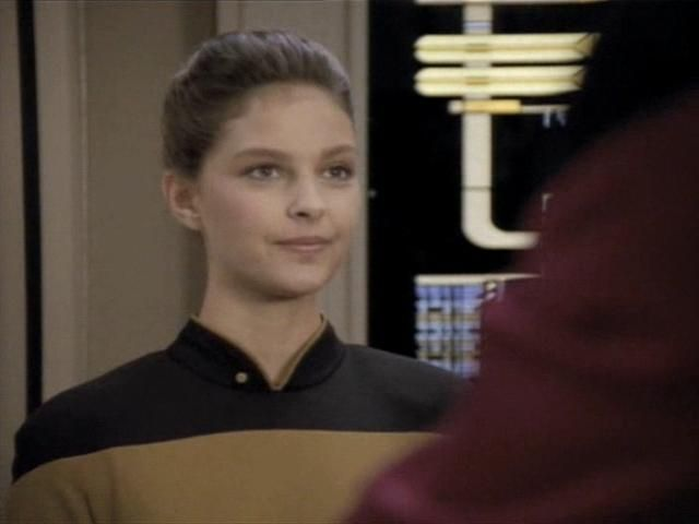 Ashley Judd in Star Trek: The Next Generation fifth season ...