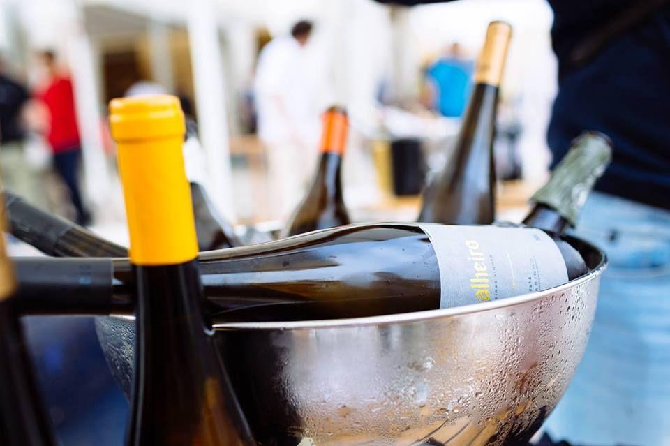 Venha desfrutar de um momento vínico descontraído, no Sheraton Cascais Resort, onde pode descobrir seis dimensões do Soalheiro, em garrafas Magnum (1,5 L)