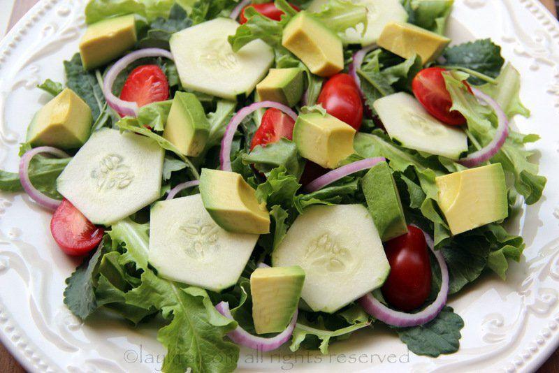 Lechugas Aguacate Pepino Cebollas Y Tomates Ensaladas De Verduras Ensaladas Faciles Comida Saludable Ensaladas