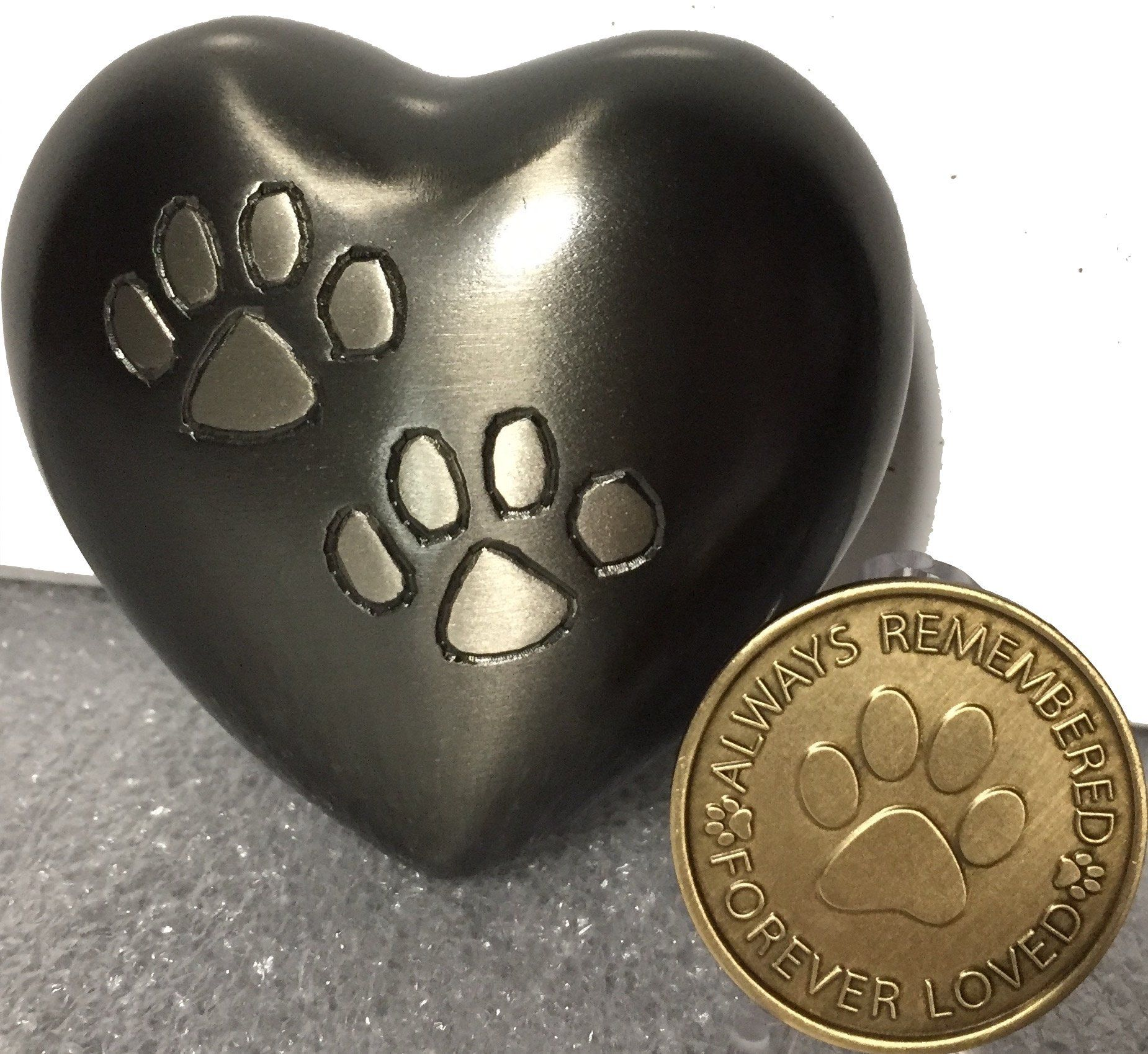 Double Paw Print Heart Shaped 3 Pet Keepsake Urn Stand And