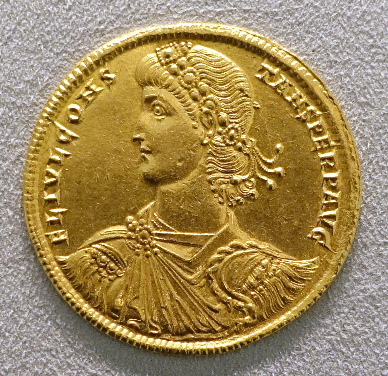 2_Solidi,_Fausta,_pietas_of_the_emperess,_Trier,_324_AD_-_Bode-Museum_-_DSC02727.JPG (1350×1309)