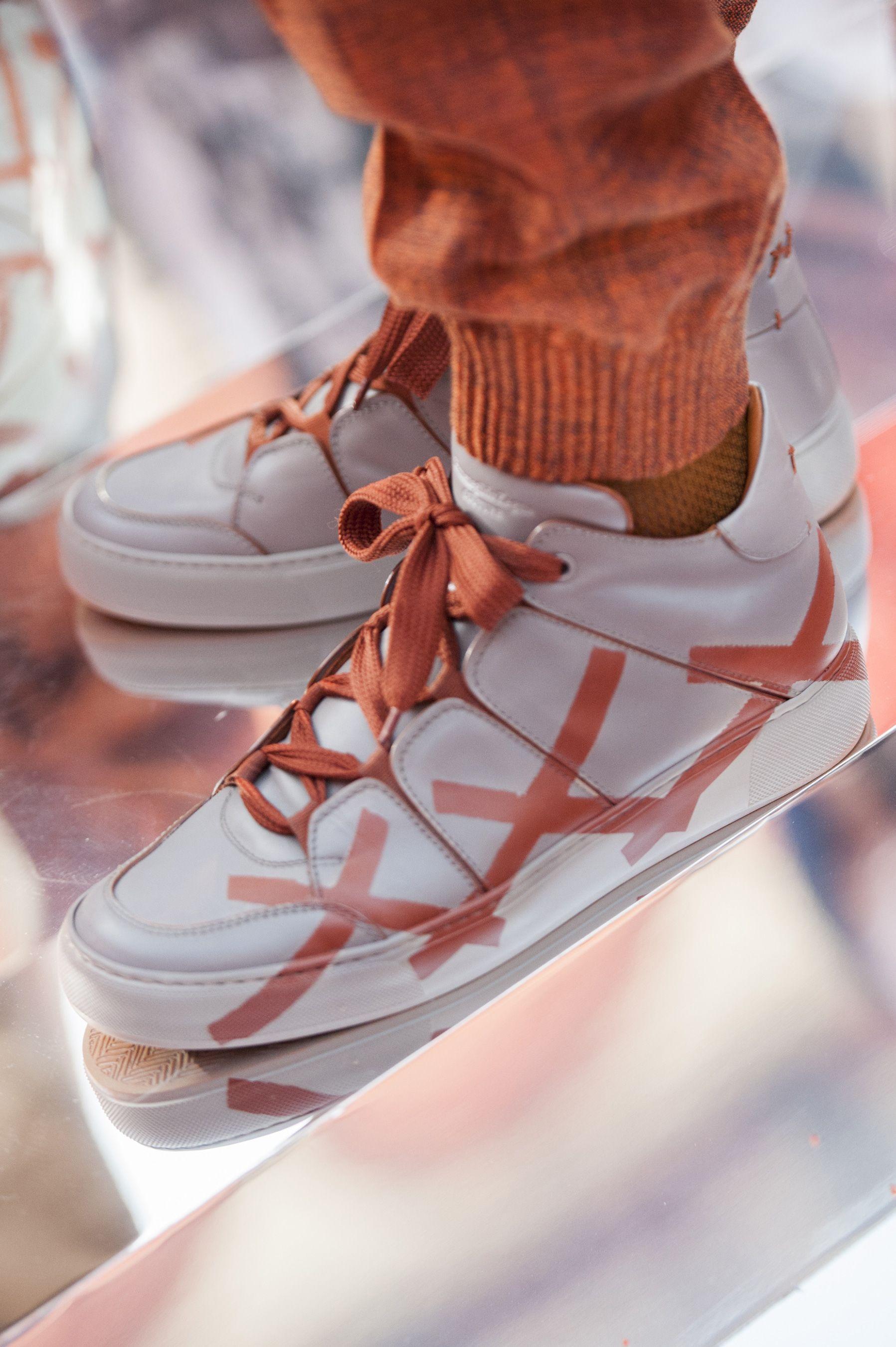 Sneakers men fashion, Mens accessories