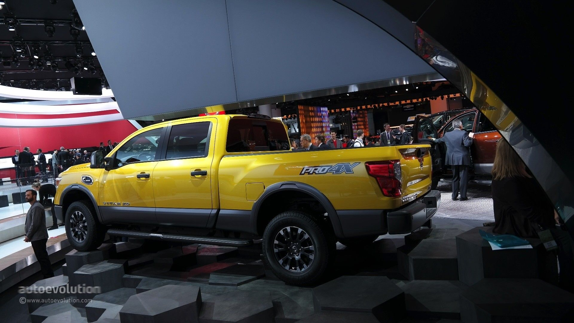Beauty 2016 nissan titan xd cummins light duty truck has heavy duty attitude nissan