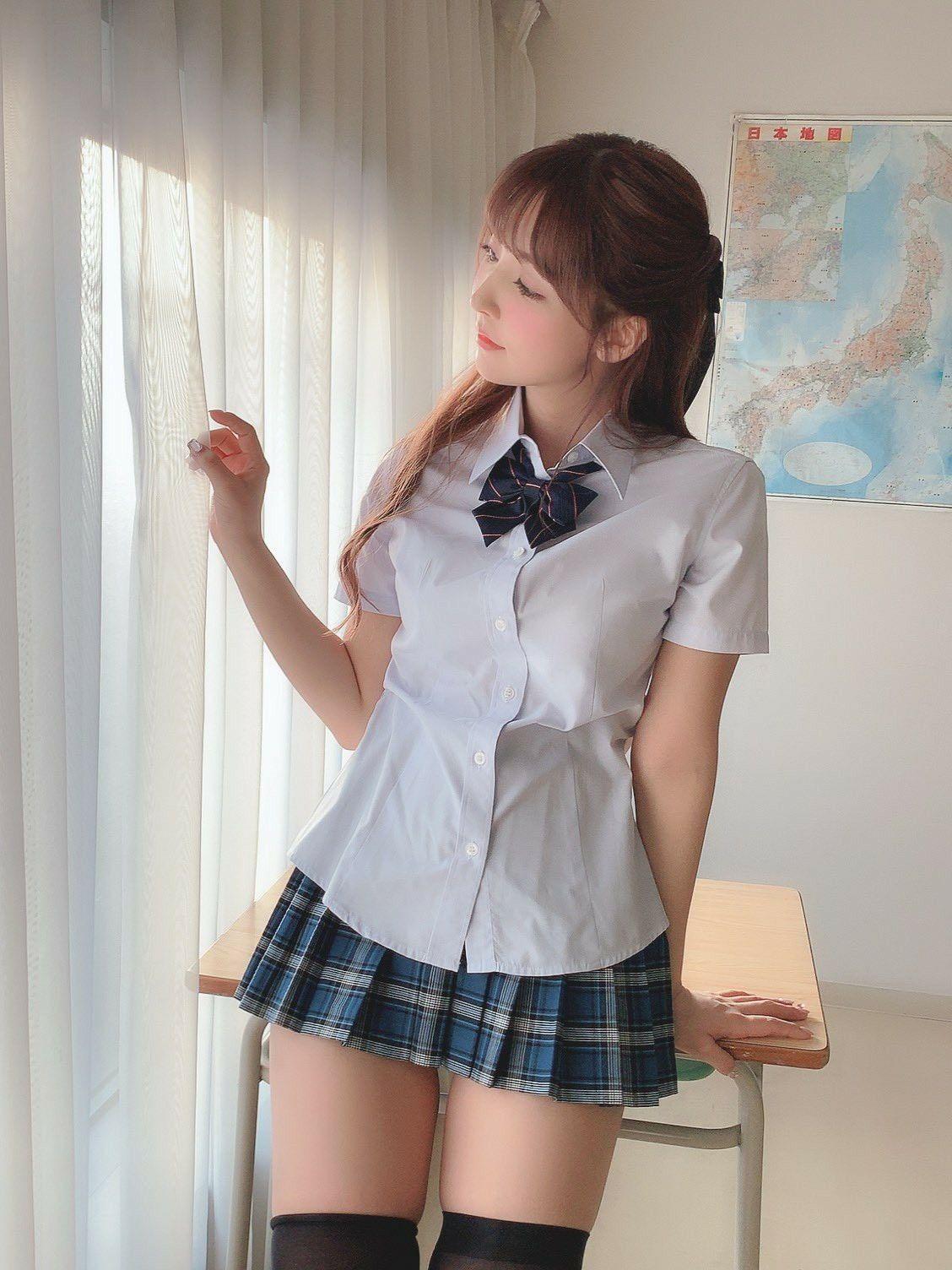 清純JK美少女 #格子裙 #制服美少女》#Cute #Girl #Pretty #Girls #漂亮 #可愛 #青春活力 #JK