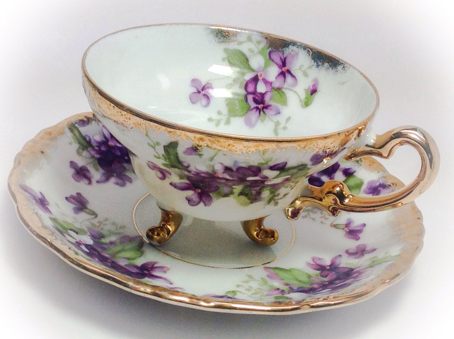 Royal albert bone china tea cup amp saucer winsome pattern ebay - Royal Sealy China Japan Tea Cup And Saucer With Purple Violets Royal Albertvintage Teabone