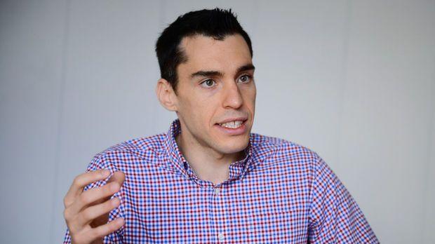 """На гости в рубриката """"Пет минути със..."""" тази седмица е Христо Стефанов, продуктов мениджър на рекламата в YouTube"""