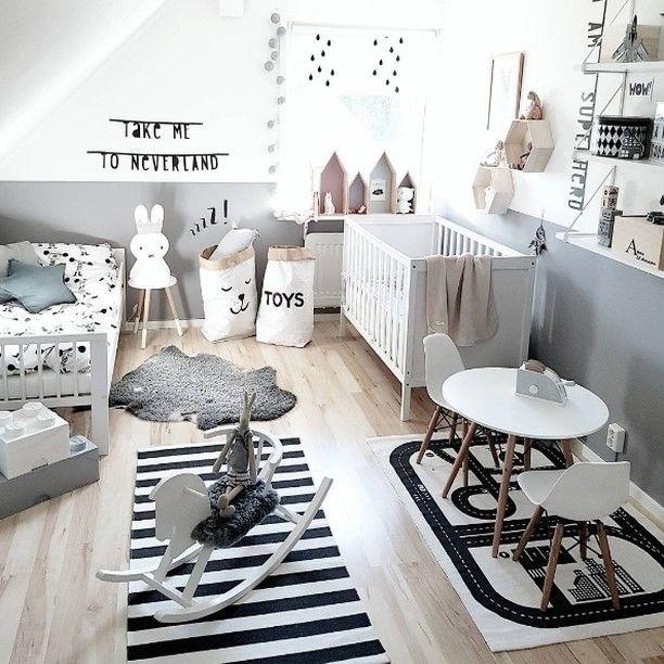 Habitaci n infantil en blanco y negro original y moderna for Habitacion infantil original