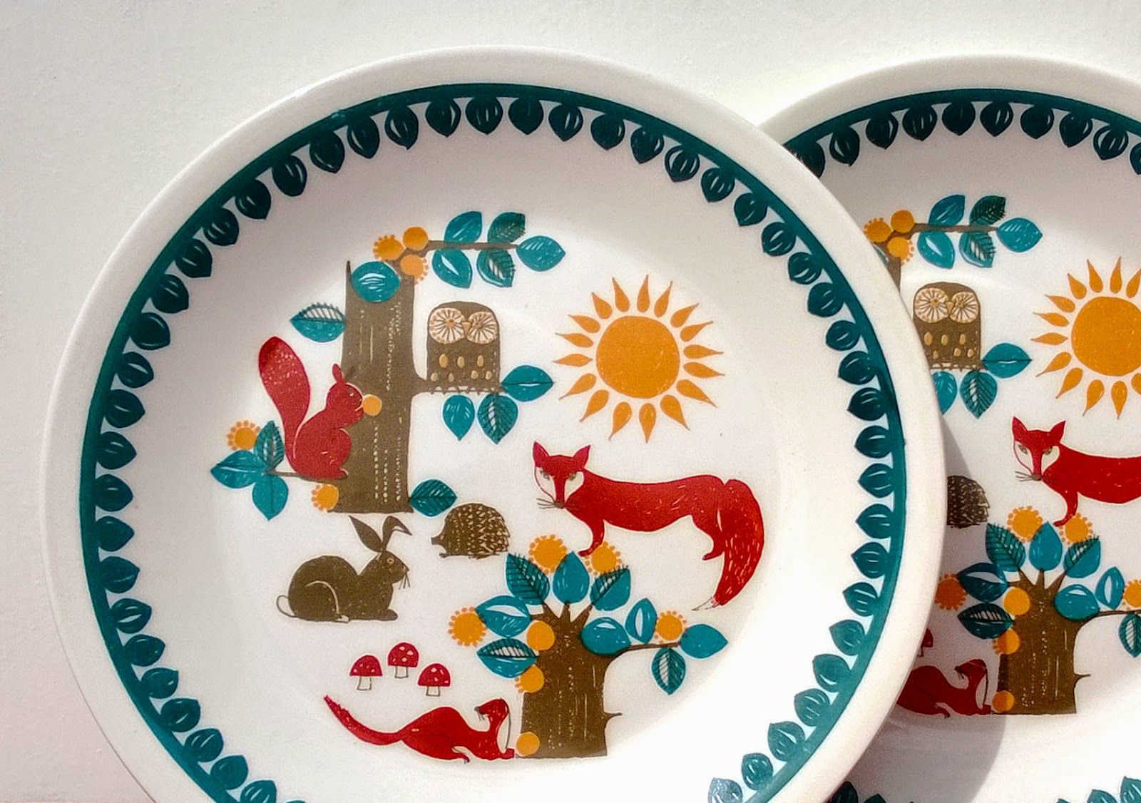 VINTAGE CHILDREN'S TABLEWARE FROM NORWAY, FIGGJO FLINT