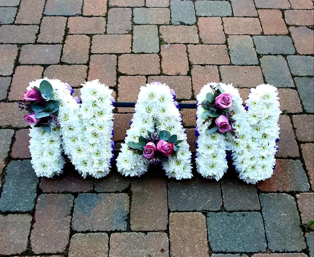 Nan Based Funeral Letters In 2020 Funeral Flowers Anniversary Flowers Romantic Wedding Flowers