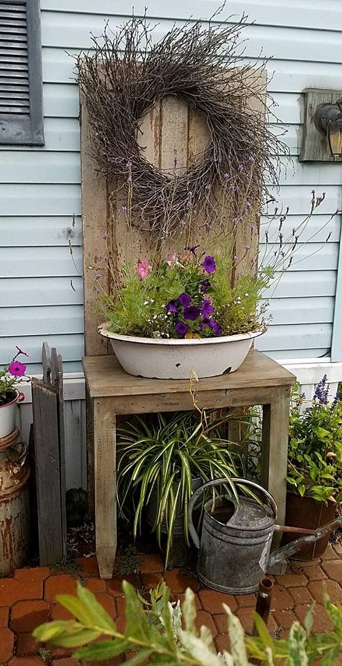 Pin By Jodi Barker On Front Porch Ideas Rustic Gardens