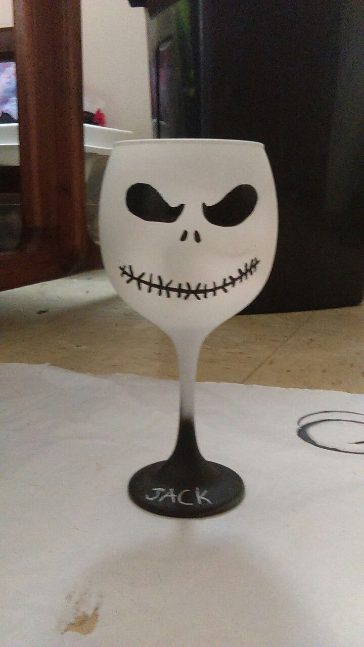 Diy jack skeleton painted wine glass | nightmare before Christmas ...