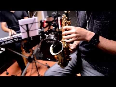 Soprano Curvo Dpow ( Jackson Delano -Sax e Rômulo Ferreira - Teclado ) - YouTube