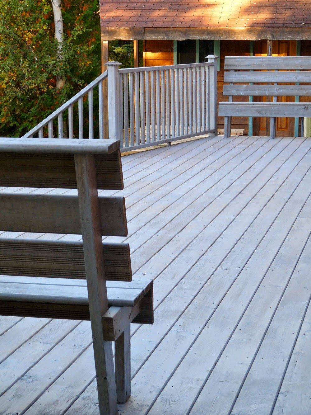 When to stain pressure treated wood - Dans Le Lakehouse Deck Makeover Part Ii Staining Pressure Treated Wood