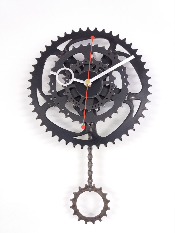 Bicycle Gear Clock Pendulum Bike Clock Steampunk Clock Etsy Bicycle Clock Clock Steampunk Clock