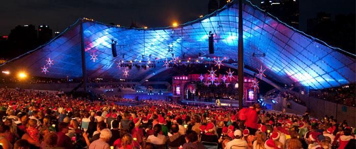 Many people packed into Sidney Myer music bowl last year, watching a colourful performance by Humphrey B. Bear.