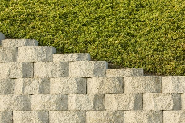 inexpensive retaining wall materials pros and cons #garden #ideas ...