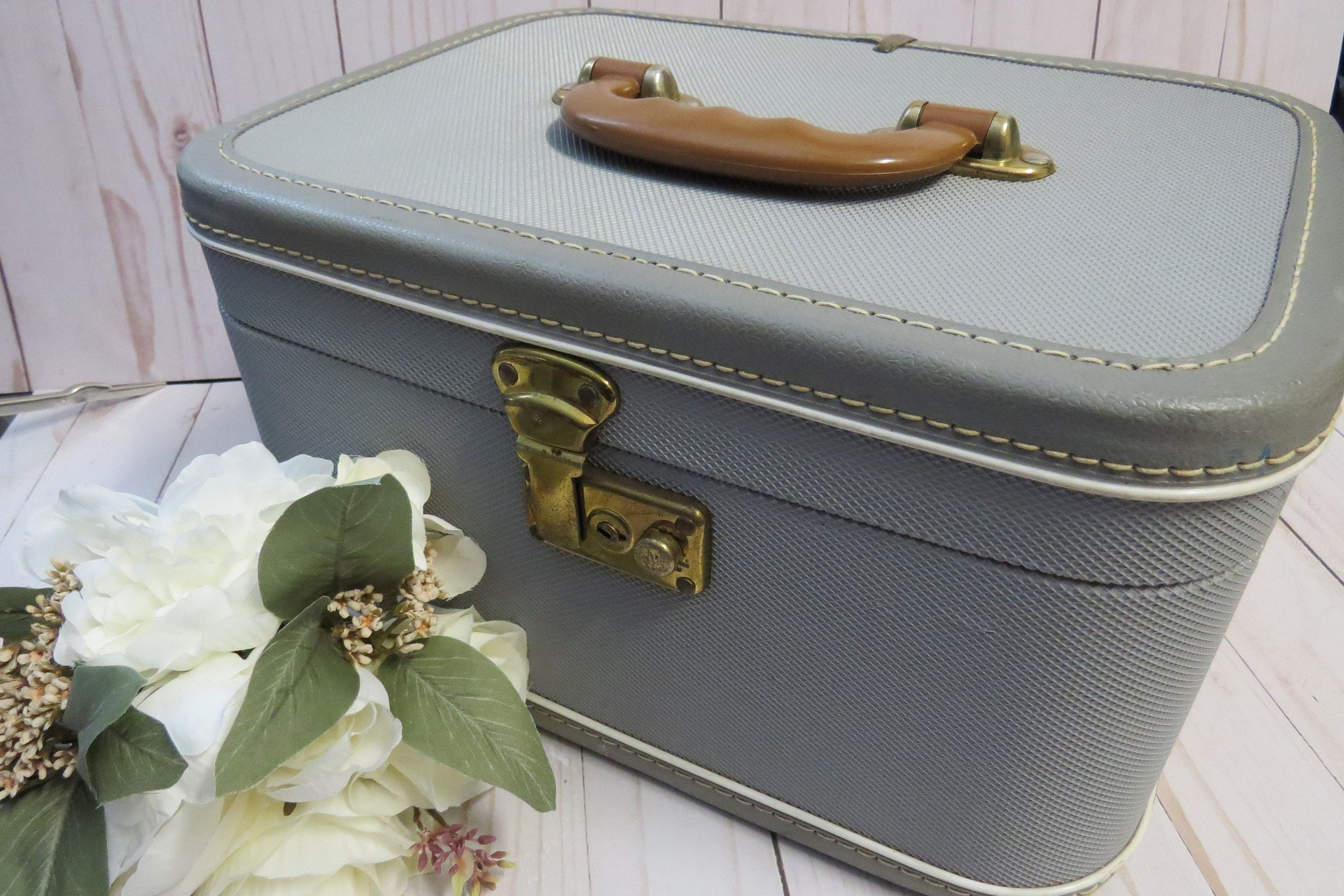 Blue vanity case vintage deco flight case jewelry box