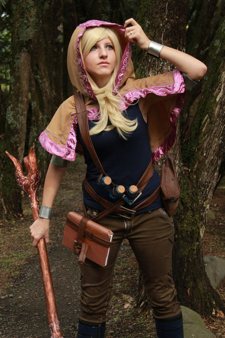 Lux Cosplay by IvrinielsArtNCosplay on DeviantArt