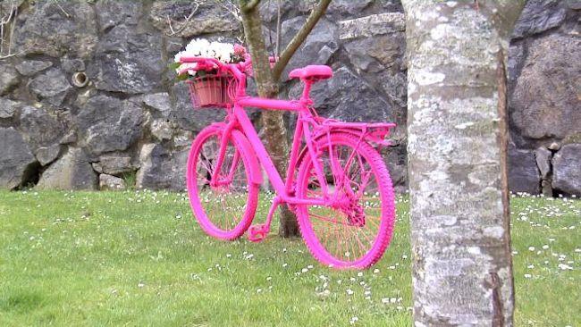 bicicleta pintada 100 con pintura en spray pintyplus basic por el equipo de bricomania - Bricomania Pintura