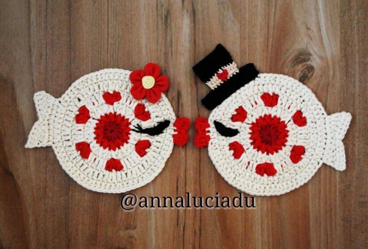 Crochet valentine fish coaster