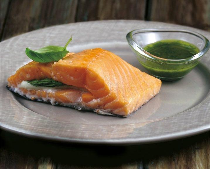 Salmone ripieno mozzarella e basilico e altre 4 ricette salmone