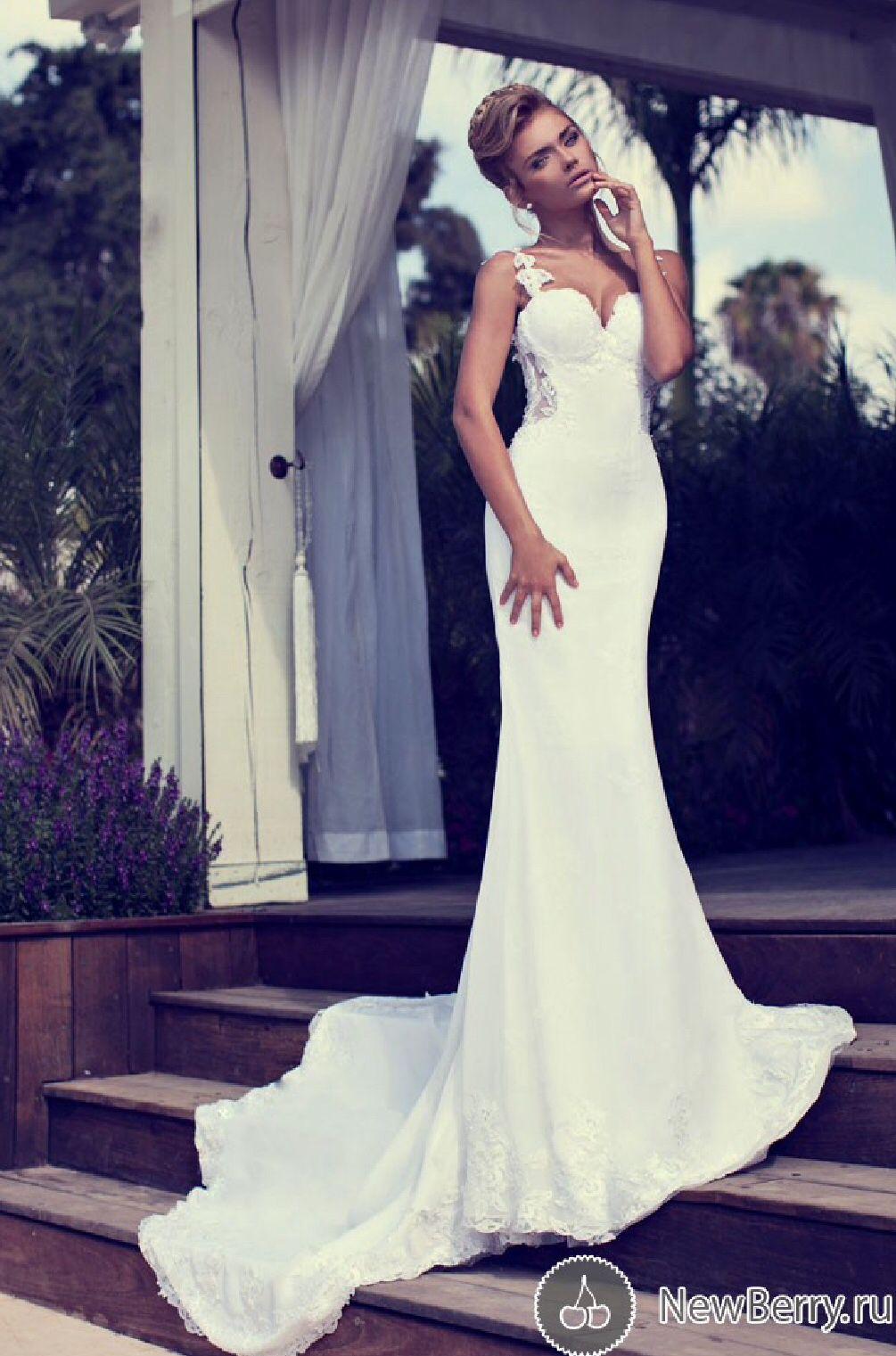 What is a mermaid wedding dress  This wedding dress is beautiful  wedding vibes  Pinterest