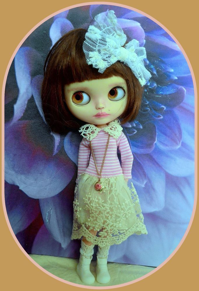 Blythe doll 6 pieces outfit* dress* shoe* floral necklace* hairclip* socks*