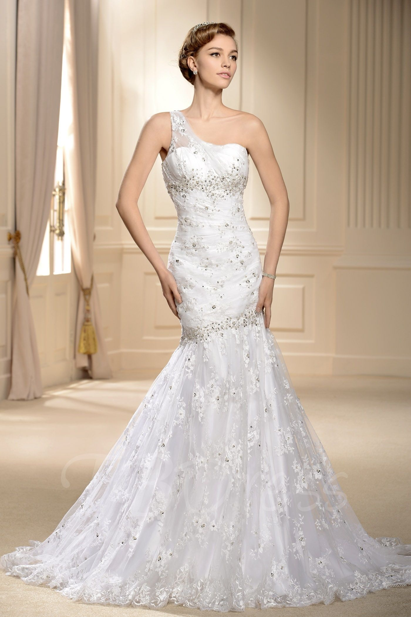 offers high quality Mermaid Oneshoulder