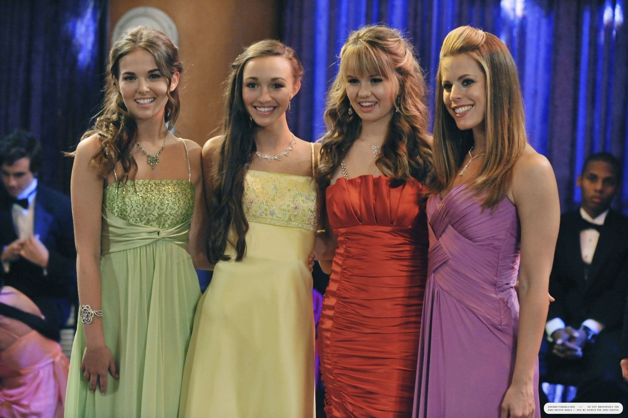 The-Suite-Life-on-Deck-stills-3x21-Prom-Night-zoey-deutch-34682886 ...