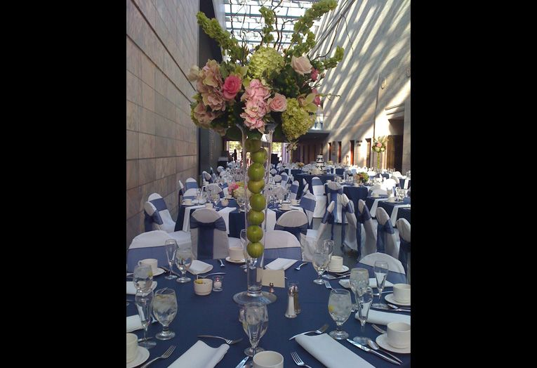 Conagra Foods Atrium Joslyn Art Museum Omaha Nebraska Wedding Decorations Table Decorations Atrium