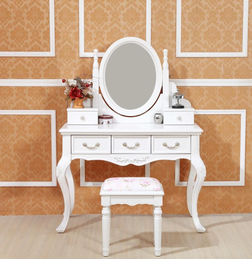 Ivory White French Provincial Dressing Table With Mirror And Trinket Boxes.  The Most Parts For Dressing Table Are Made Of Oak Wood.