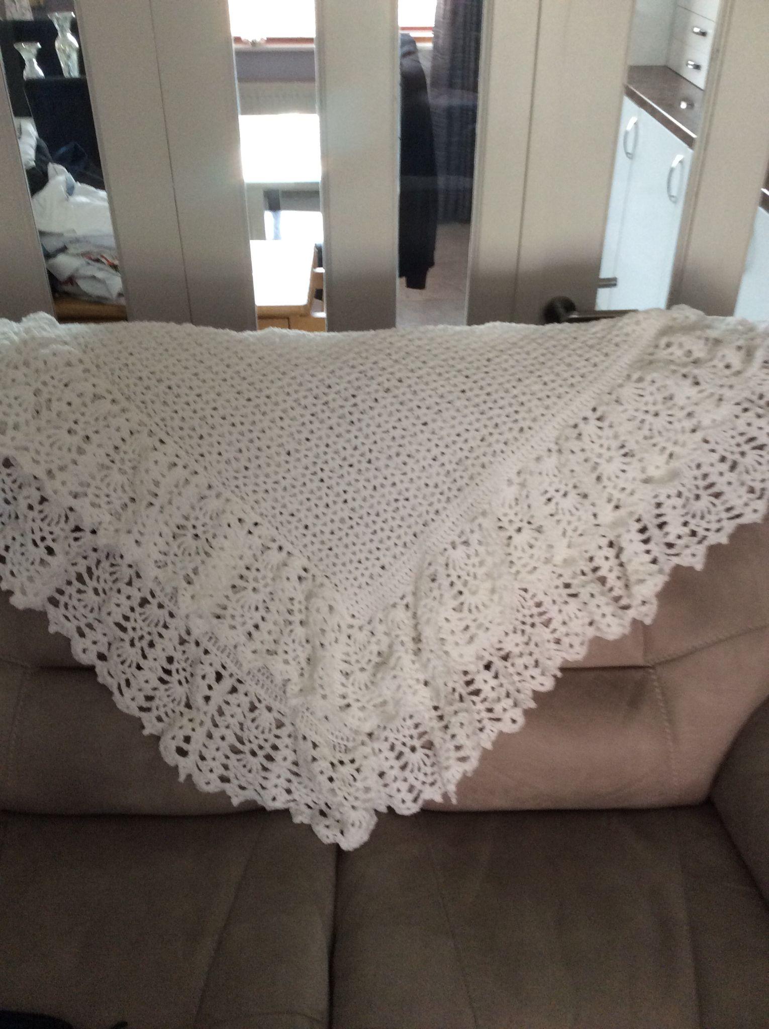 Babys christening shawl | Baby blanket crochet ...