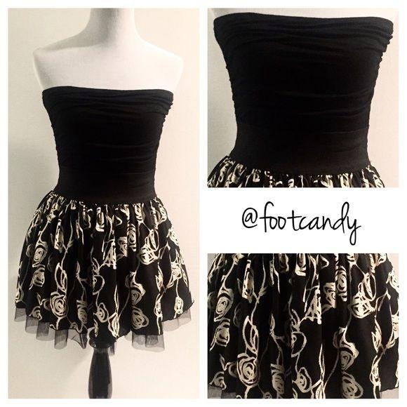 626fa793b3a Black   Cream Date Night Dress Sexy black tube top dress with figure  accentuating elastic waistband