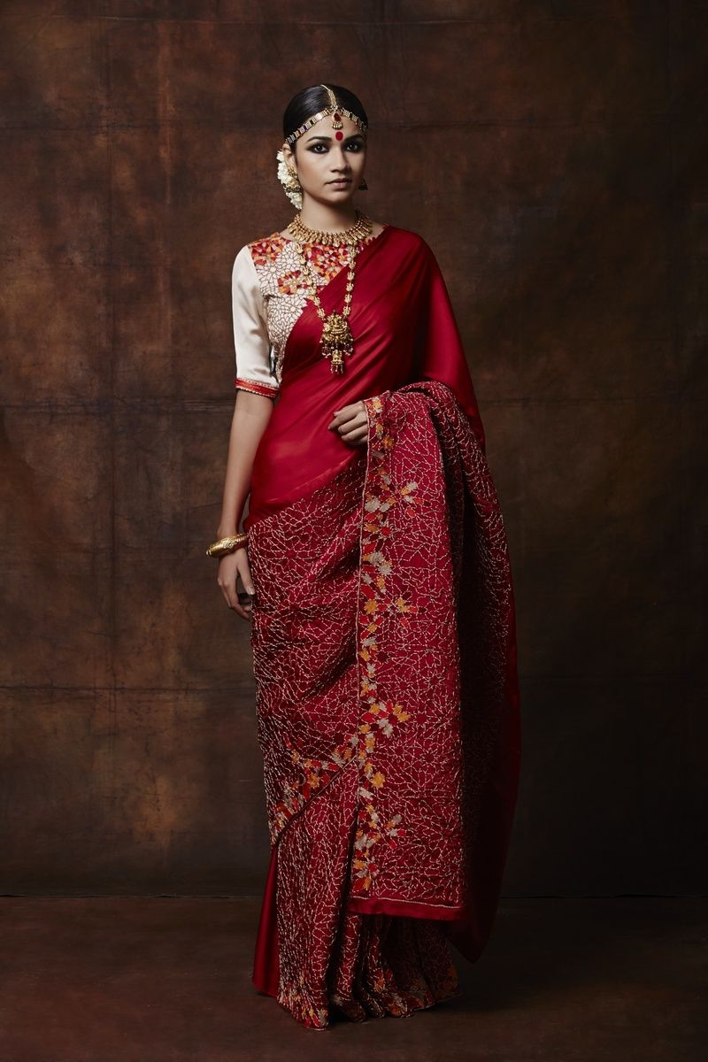 red saree Indian outfits, Indian bridal fashion, Red saree