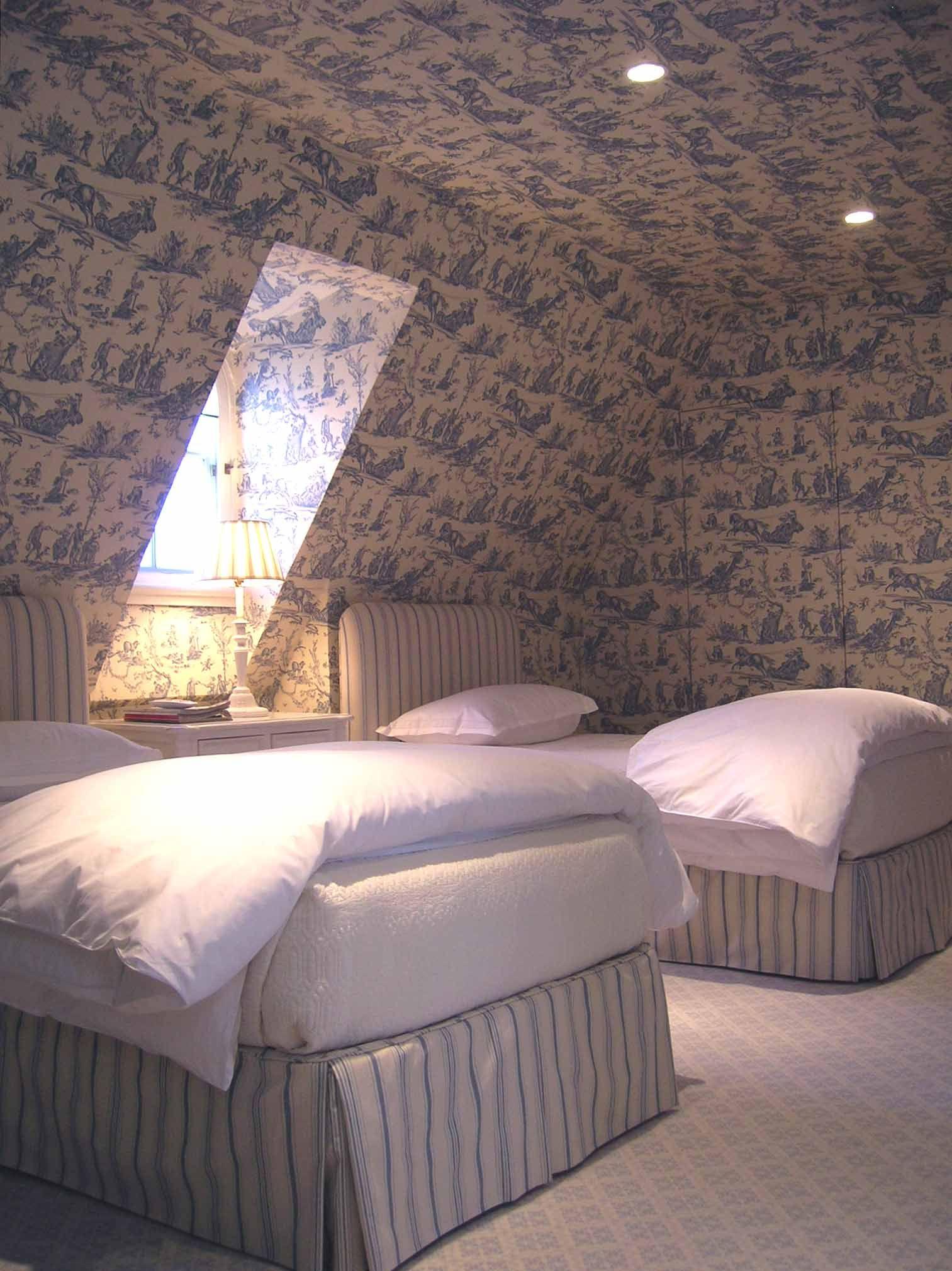 Toile Loft Bedroom Tone On Tone Bedroom Loft Loft Conversion Design Attic Bedrooms
