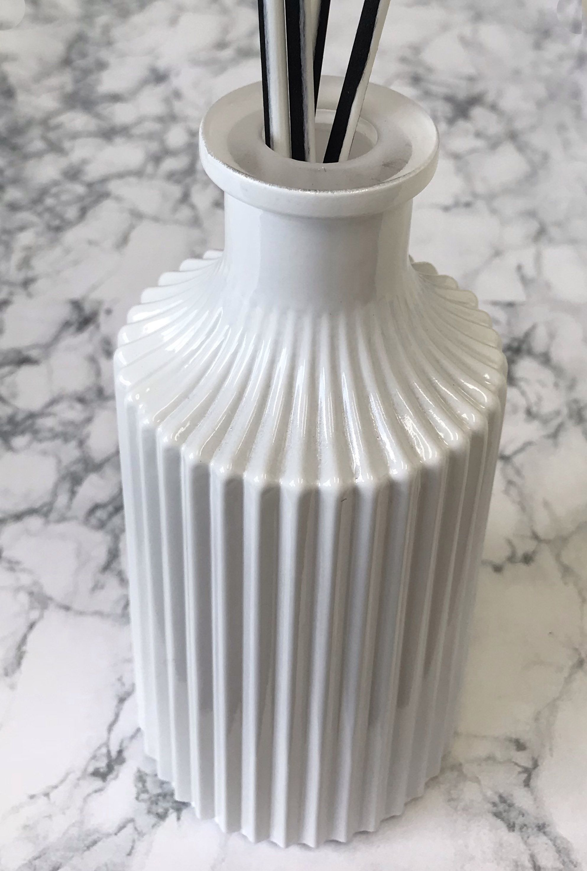 Glossy White Reed Diffuser Bottle. Reed diffuser, Candle