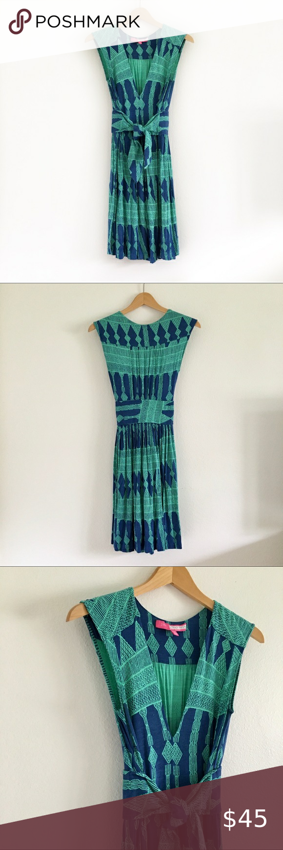 Anthropologie Plenty by Tracy Reese Joanne Dress Long charmed by the exotic allure of India and all points east, Tracy Reese skillfully melds the details, textures and colors of faraway lands into wearable works of art. We can't get enough of this plush jersey dress, the perfect throw-on-and-go staple. Excellent condition! Anthropologie Dresses Mini #wearableart
