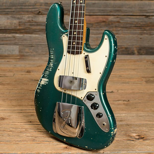Fun Look At Where They All Line Up Fender Bass Fender Bass Guitar Bass Guitar