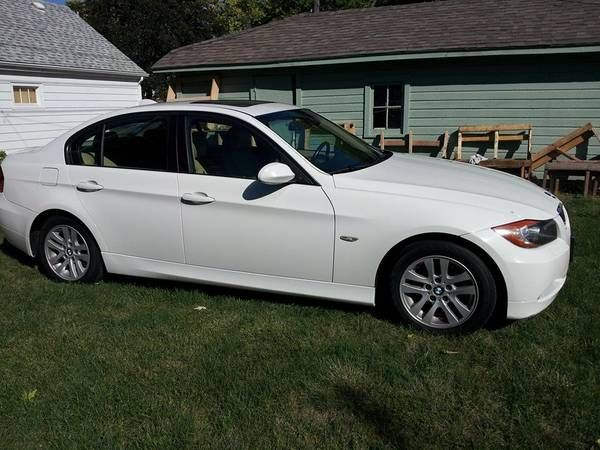 Make: BMW Model: 328i Year: 2007 Body Style: Car Exterior Color: