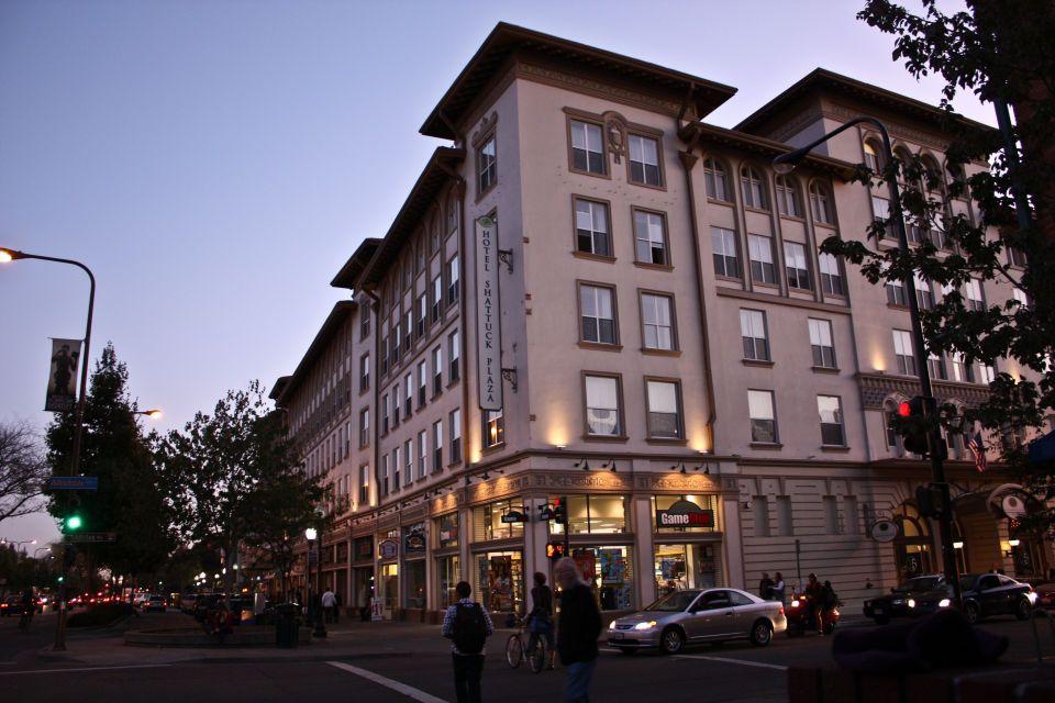 An Evening Outside The Hotel Shattuck Plaza Berkeley Ca