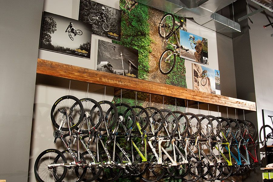 Cannondale Retail Lab Uses Magnetic Walls to Great Effect